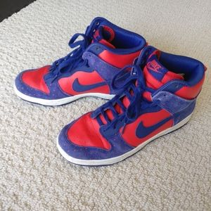 Nike High Top Sneakers 6.5
